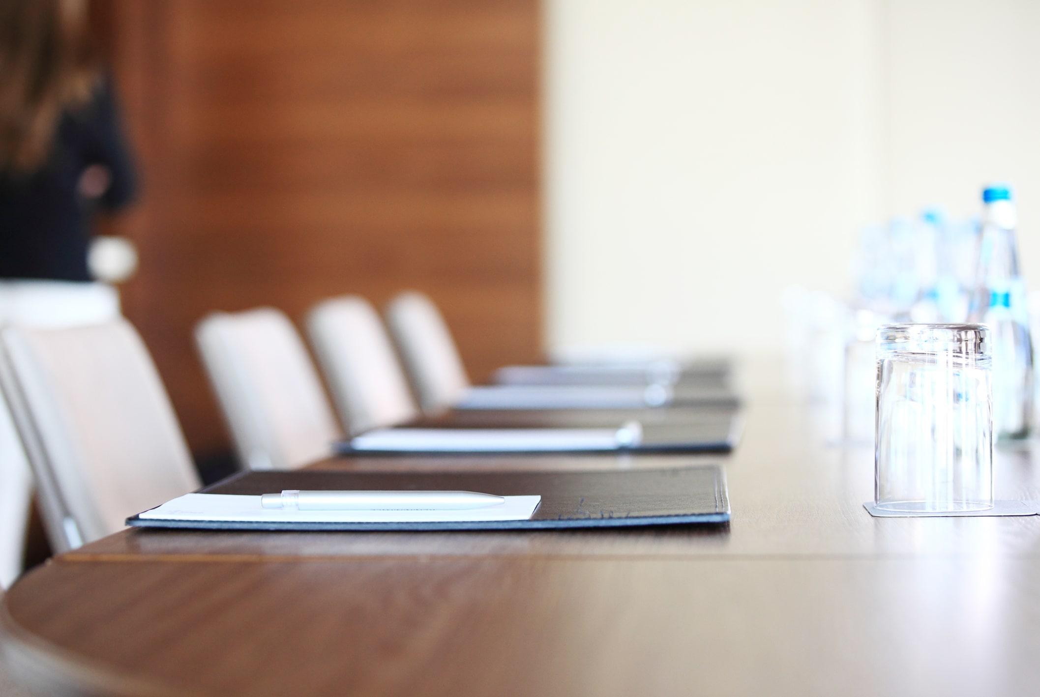 Meeting Room Rentals vs Hotel Spaces